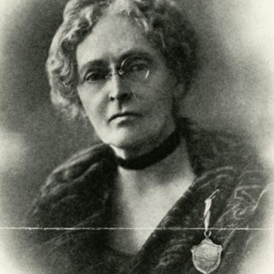 Annie Peck Wearing her Peruvian Medal