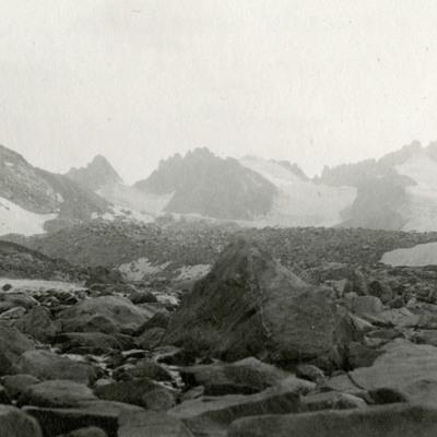 Approaching Dinwoody Glacier Rock Field.jpg