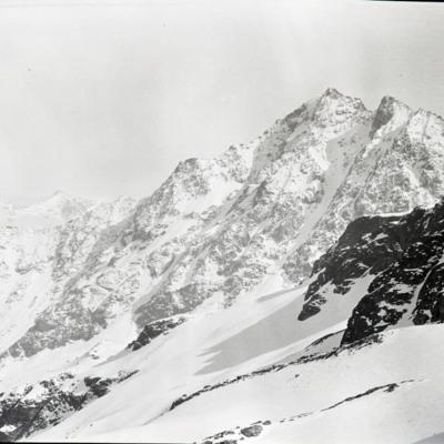 Hangend Gletscher from Dossenhutte