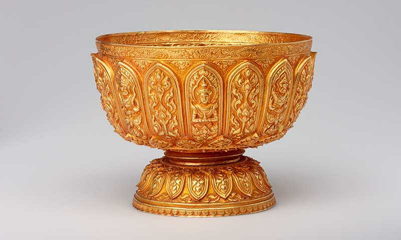 Aam_hidden_gold_gold_bowl_2008.91_01_pressroom