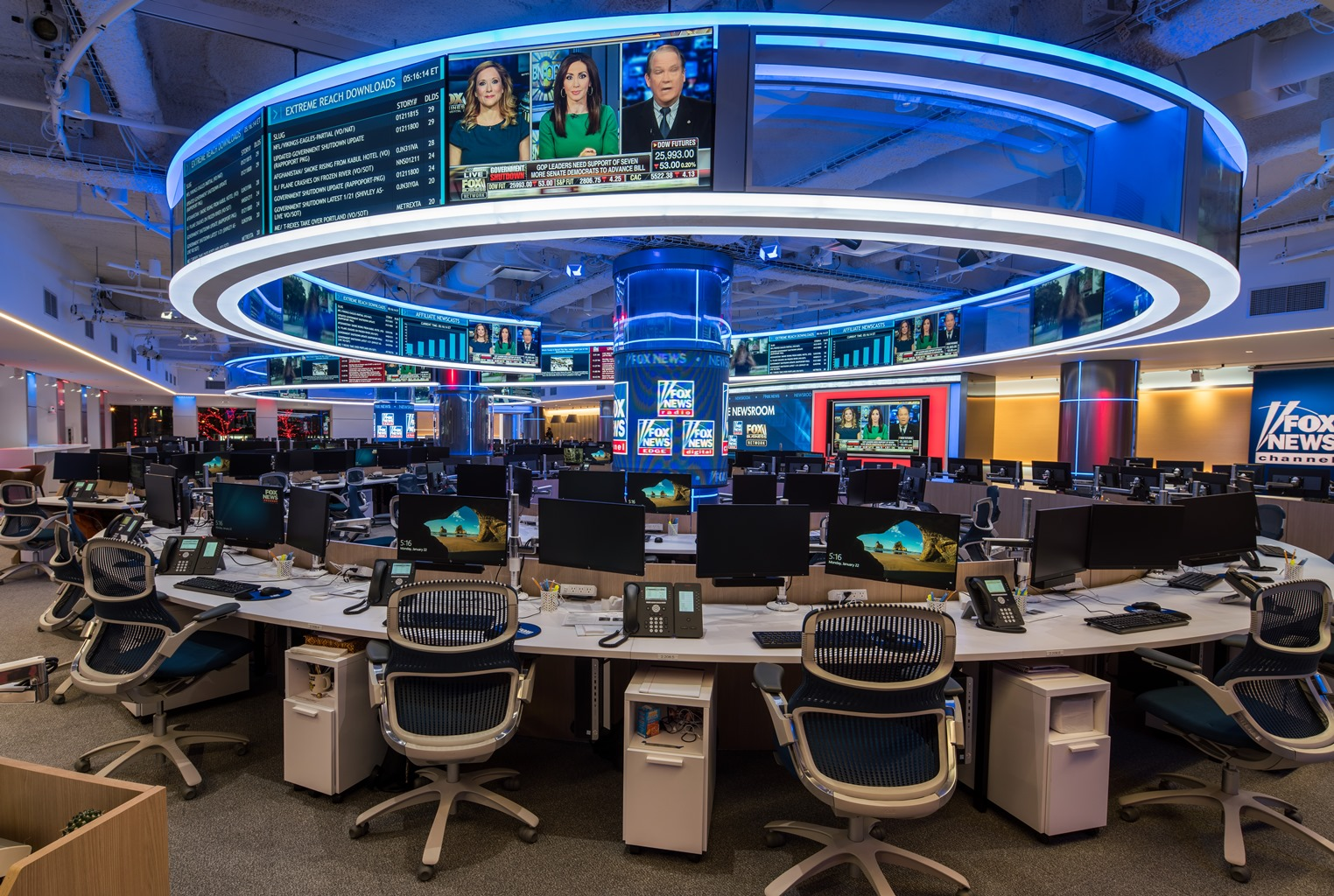 Here s a first look at fox news new newsroom tvnewser for Latest design news