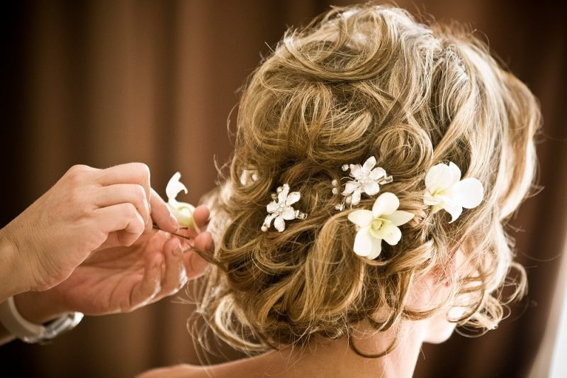 white orchid flowers hair