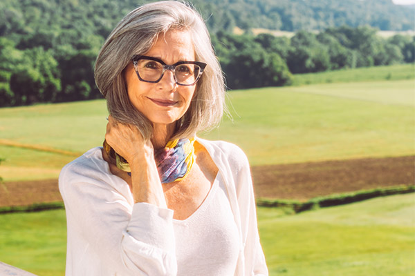 How to Reduce Hair Loss in Older Women