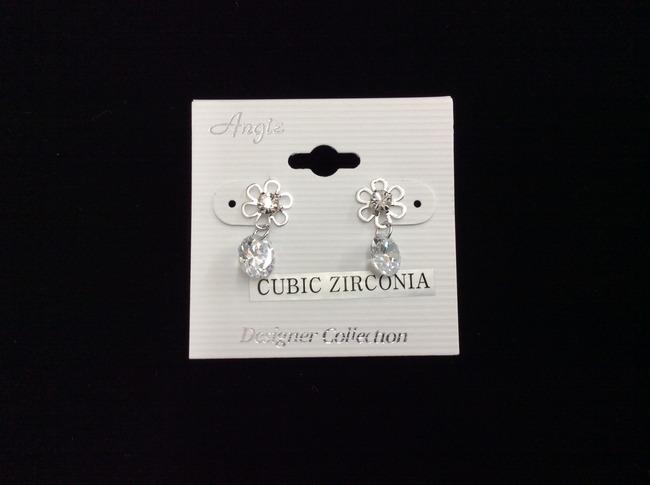 Cubic Zirconia Flower Earring