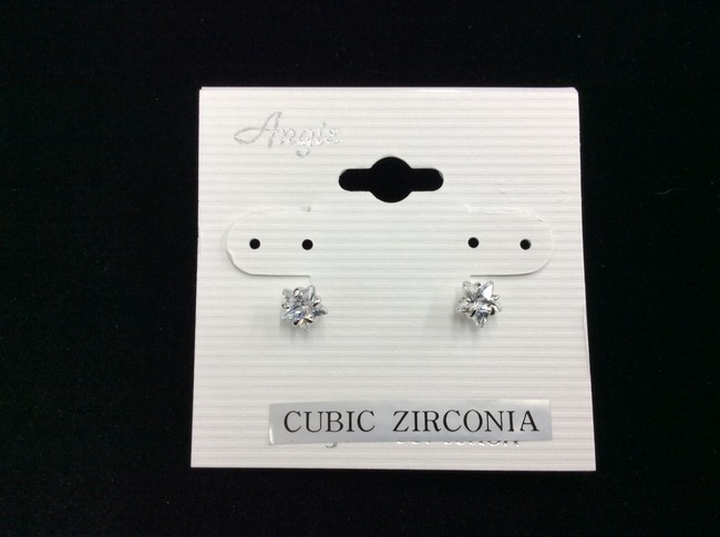 Cubic Zirconia Star Earring