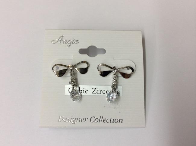 Zirconia Bow Earring