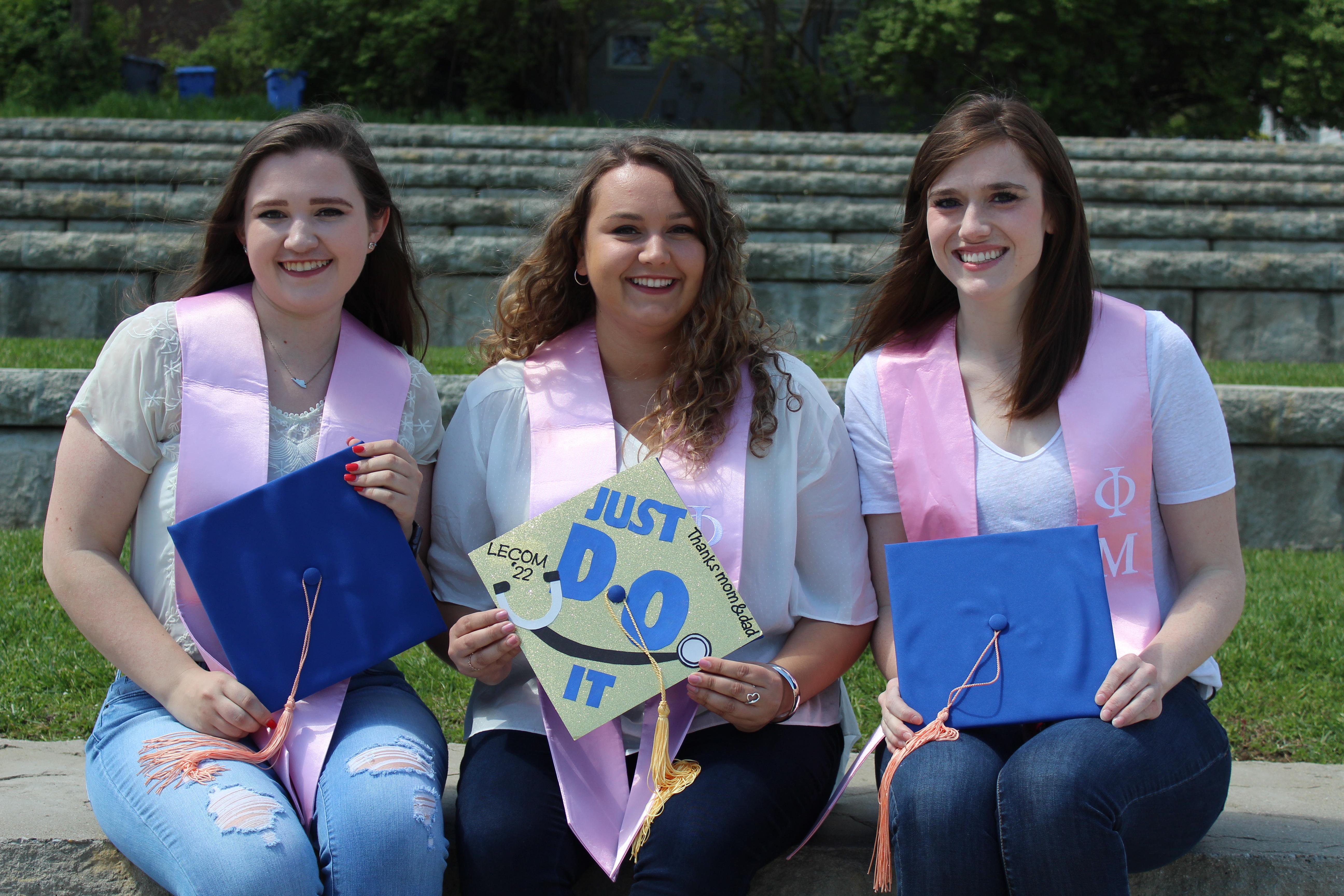 Senior Graduation Pics!