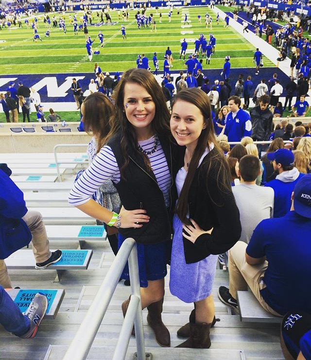 Alpha Gam Loves the Cats!