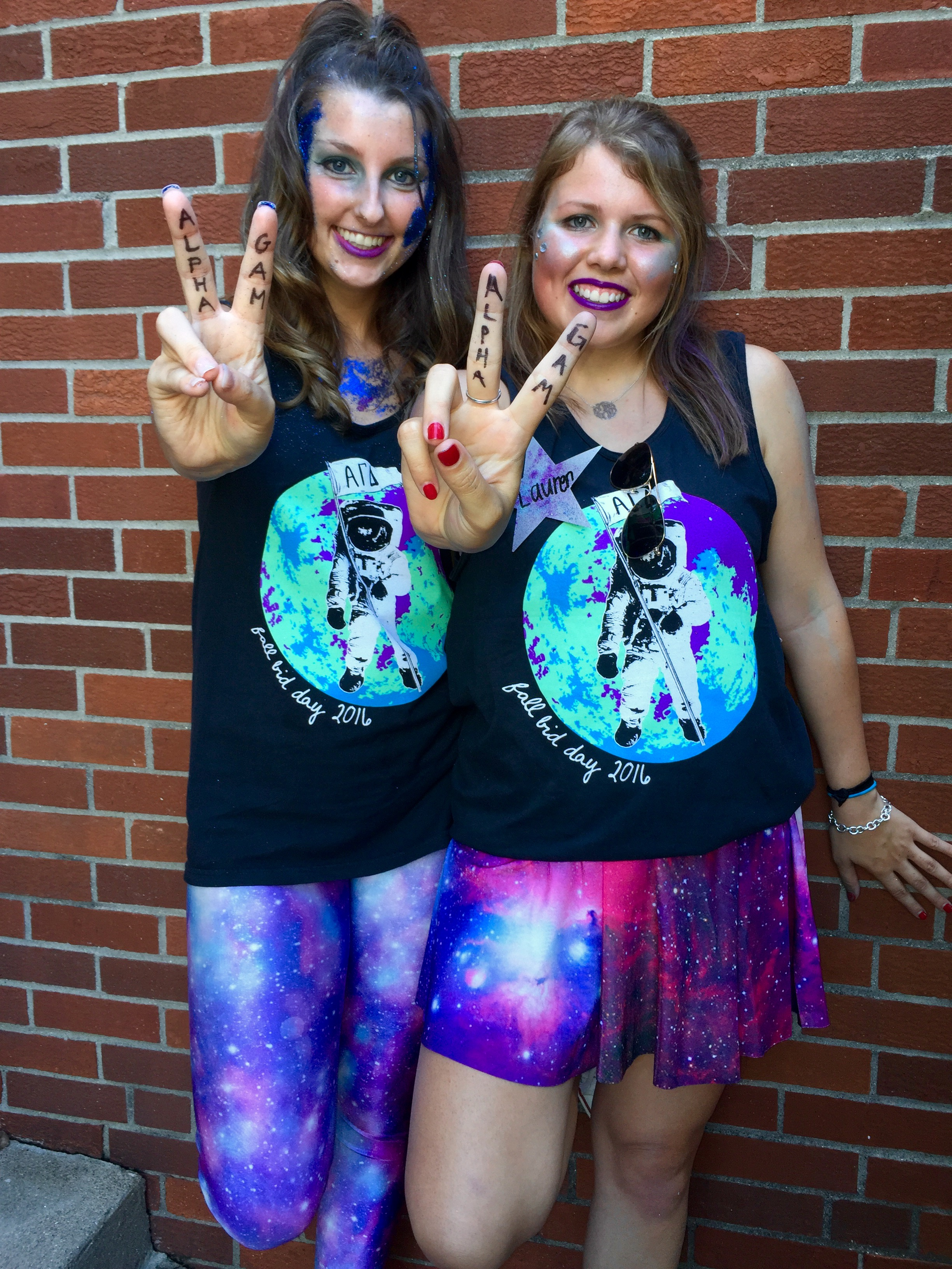 Bid Day 2016: Alpha Gam Is Out of This World
