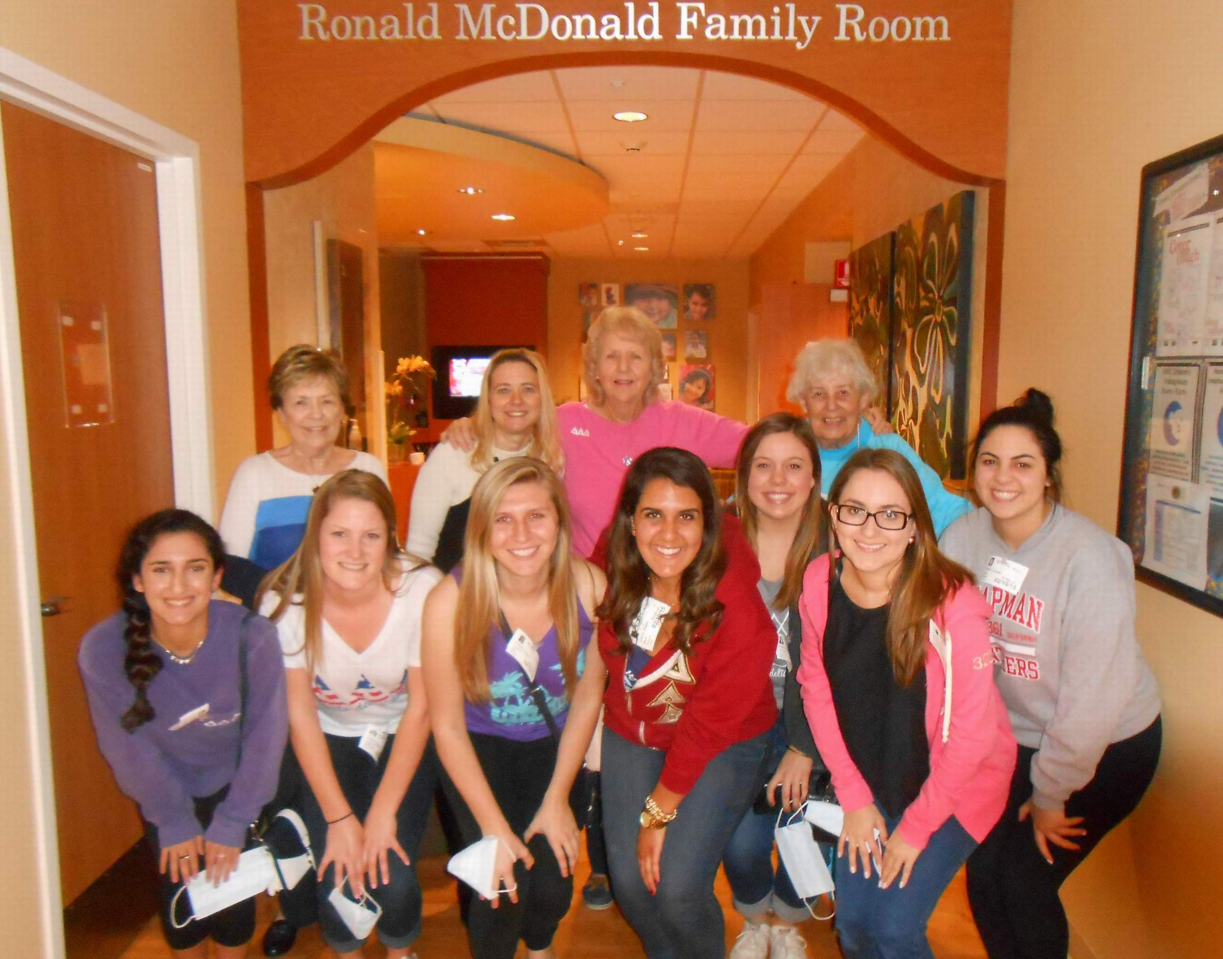2015 DELTA LOVE DAY - Ronald McDonald Family Rm at CHOC