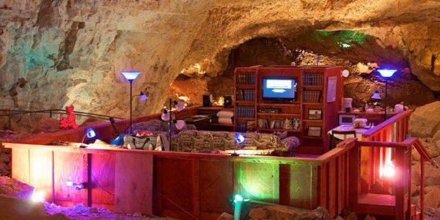 The Underground Cave Suite