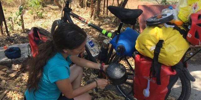 Melike, seyahatlerine başlamadan önce aktif olarak bisiklet kullanmıyormuş.