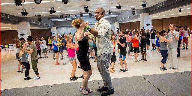 Küba'da her yıl dans festivali düzenleniyor