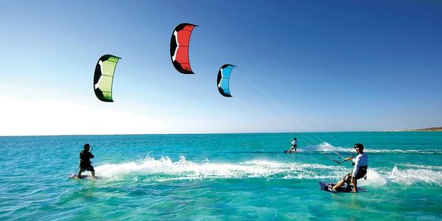 Tatilde kitesurf yapılan yerleri  tercih etmeye ne dersiniz?