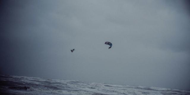 Fırtınada kitesurf yaparsanız ne olur?