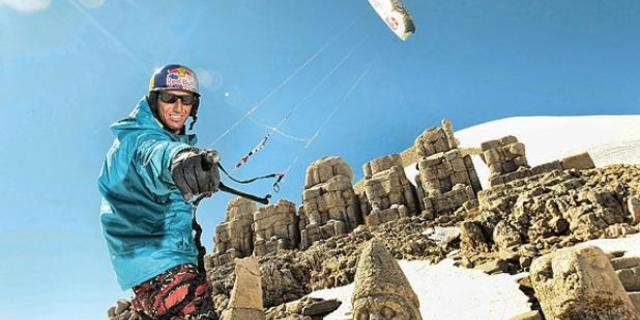 Fransız sporcu Guillaume Chastagnol, Nemrut Dağı'nda uçmuştu…