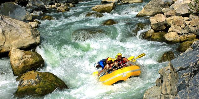 Rafting'de başarının kilidini takım çalışması açıyor