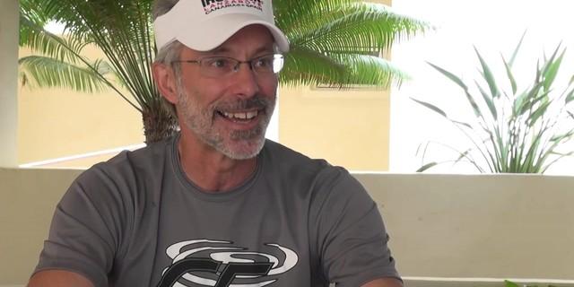 İlk Ironman Gordon Haller mutlu görünüyor