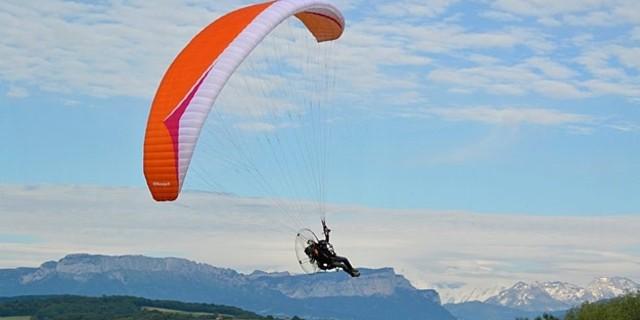 İster motorla uçun, ister paraşütle
