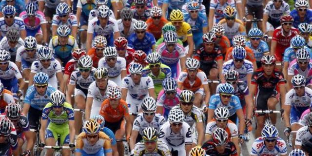 Yarışların en kalabalık grubu: Peloton