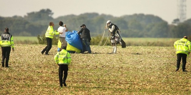Paraşütü toplama zamanı