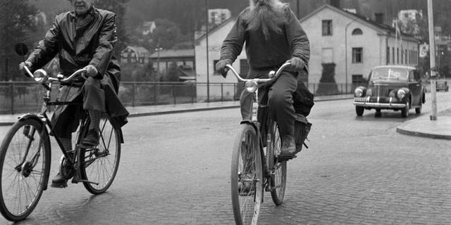 Gustaf, emektar bisikletine gözü gibi baktı…