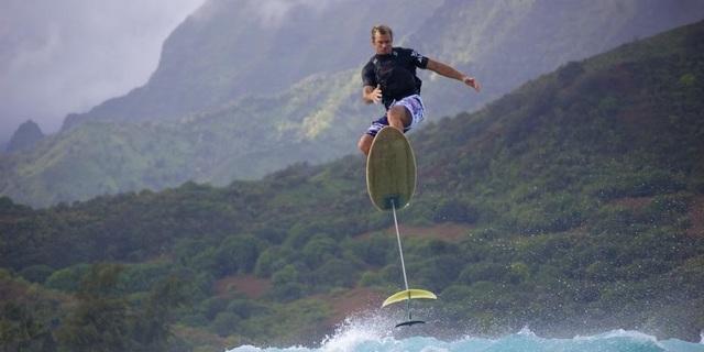 Hoverboard ile 8 metreye kadar yükselebilirsiniz