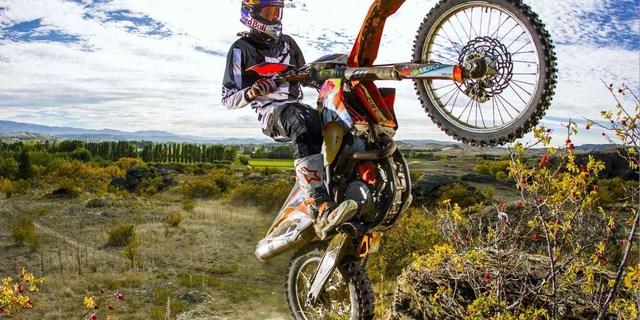Enduro, motosikletin rallisidir