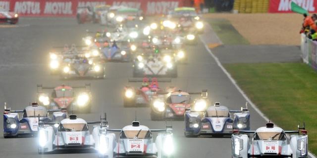 LeMans yarışı 24 saat sürüyor