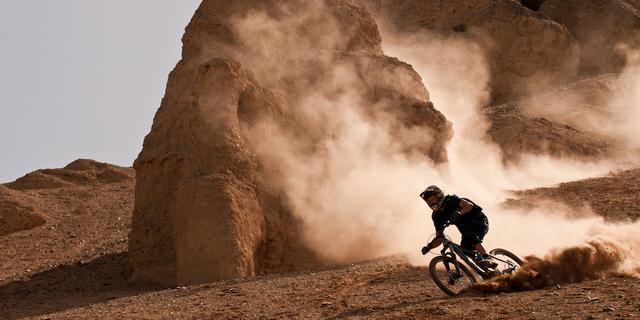 Gobi Çölü bisiklete pek elverişli gözükmüyor