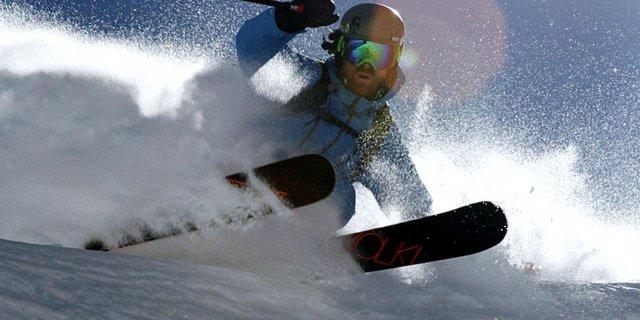 O aslında iyi bir kayakçı
