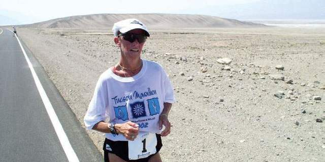 Badwater Ultramarathon 2002 (217 km): Genel kategori birincisi