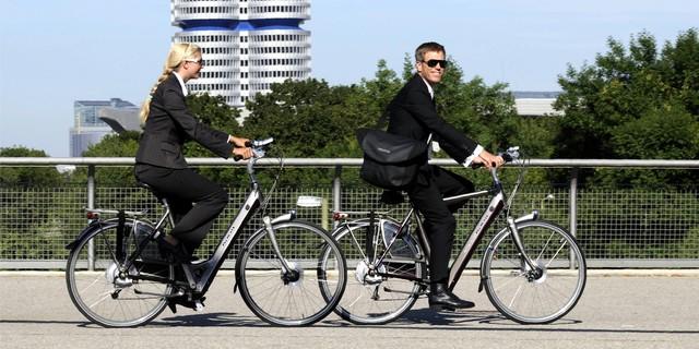İşe bisikletinizle terlemeden, nefes nefese kalmadan gidebilirsiniz!