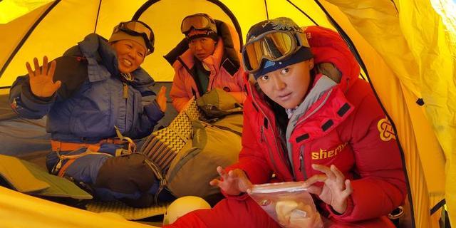 Sherpa spor kariyerine halterle başlamıştı