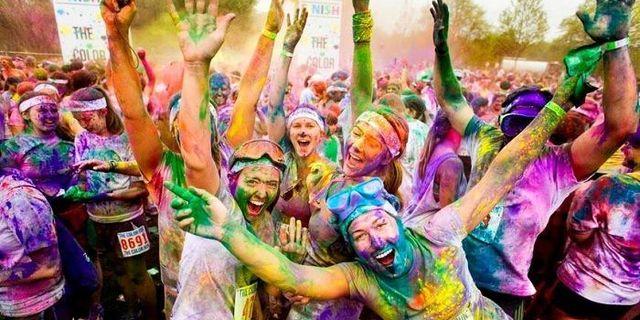Renkli Koşu Festivali Color Sky 5K