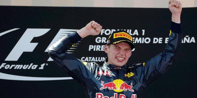 Max Verstappen'in Barcelona'da zaferi kutladığı an