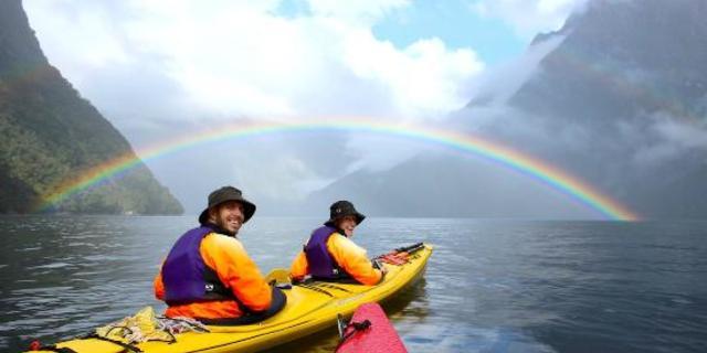 Sea kayak sevenlerin kutsal suları: Fiordland