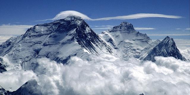 Dağlar, adı konulamayan bir çekiciliğe sahip
