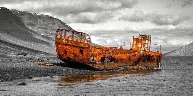Eski Norveç balina gemisi artık tek başına