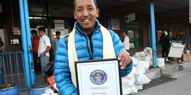 Apa Sherpa ve rekorunun belgesi
