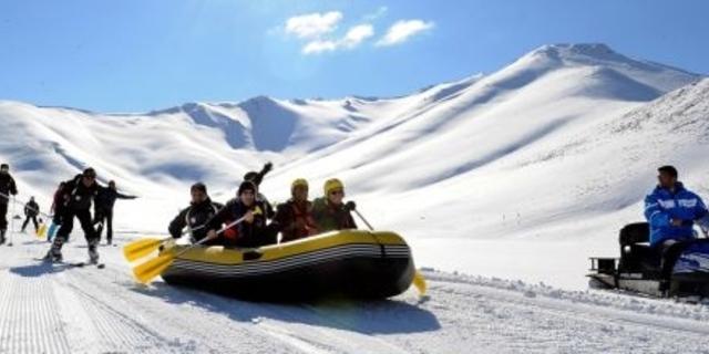 Rafting için karların erimesini beklemek mi?