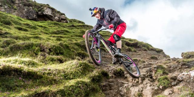 Dağ, bayır, toprak, bisiklet!