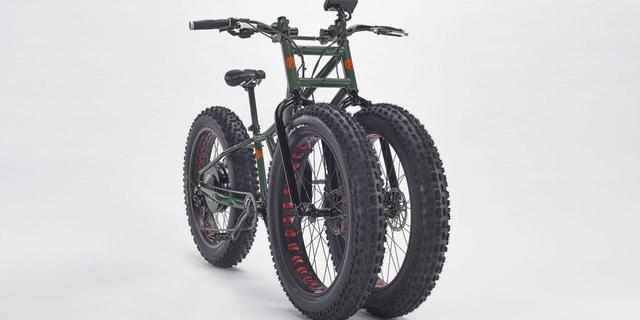 """Nineniz sakın """"üç tekerlekli"""" bisikletinizi görmesin"""