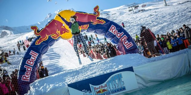 Red Bull Jump and Freeze 2017