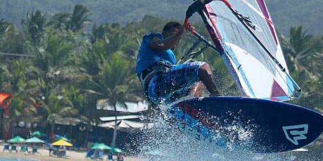 Tropik bir sörf macerasına hazır olun