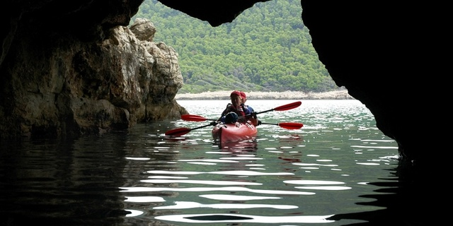 Hırvatistan kayaking ve keşfedilecek mağaraları ile meşhur