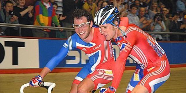 Hem Cavendish hem Bradley Wiggins pist bisikleti kökenliler