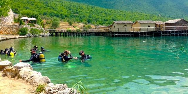 Milyonlarca yıllık birikimi Ohri'yi dalış meraklıları için cazip kılıyor