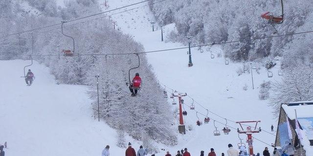 Kışın Mavrovo bir kayak merkezine dönüşüyor
