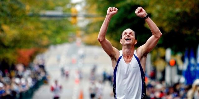 Sadece birkaç ayda yürümekten yarı maraton koşmaya